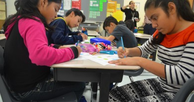 Seneca Ridge Middle School students in Wendy de la Torre's English Language Learners class work on a science assignment. Loudoun schools are getting creative to recruit instructors to teach students needing specialized services. (Danielle Nadler/Loudoun Now)