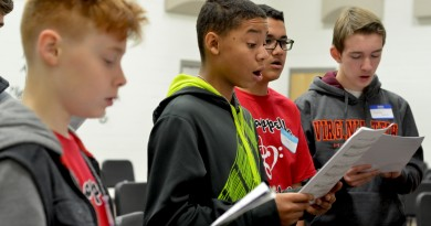 Tyreke Anderson takes part in Loudoun County Public Schools' annual A Cappella Workshop Saturday. (Loudoun Now/Danielle Nadler)