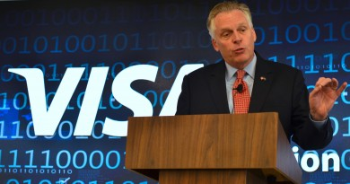 Virginia Gov. Terry McAuliffe (D) speaks at the Visa Cyber Fusion Center. (Danielle Nadler/Loudoun Now)