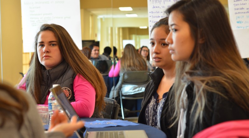 Woodgrove High School students about how to help local young people battling with depression, anxiety and other mental health problems. (Danielle Nadler/Loudoun Now)