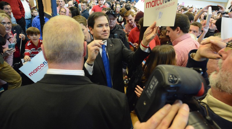 Repubican presidential hopeful Sen. Marco Rubio (R-FL) greets supporters at a rally at Patrick Henry College. Renss Greene/Loudoun Now