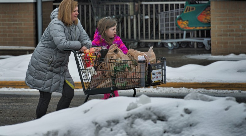 Shoppers get supplies at Harris Teeter in Purcellville after a snow storm blanketed Loudoun yet again with snow and ice.  (Photo by Douglas Graham/Loudoun Now)