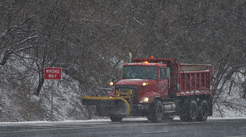 UNITED STATES - FEB. 15, 2016: VDOT was hard at work keeping the main roads clear after a snow storm blanketed Loudoun yet again with snow and ice. This is route 7 near Round Hill.  (Photo by Douglas Graham/Loudoun Now)