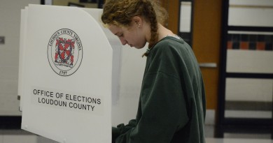 Gillian King, 18, votes for the second time in her life. (Renss Greene/Loudoun Now)