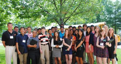 Leadership Loudoun Youth class of 2011 (Courtesy of Loudoun Youth)