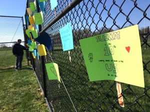 Students posted hopeful messages for the We're All Human Walk Wednesday. (Danielle Nadler/Loudoun Now)