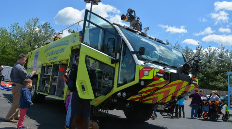 A Metropolitan Washington Airports Authority fire engine at the Ashburn VFRD grand opening. (Renss Greene/Loudoun Now)