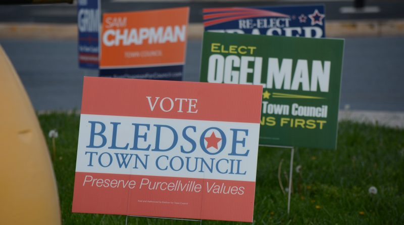 Campaign signs dot properties along Main Street in Purcellville leading up to Tuesday's election. (Renss Greene/Loudoun Now)