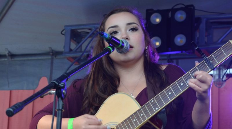 Jessica Endara earned loud applause at YouthFest on Saturday. (Danielle Nadler/Loudoun Now)