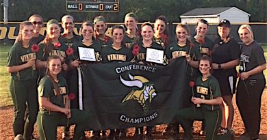 Loudoun Valley Vikings win conference title.