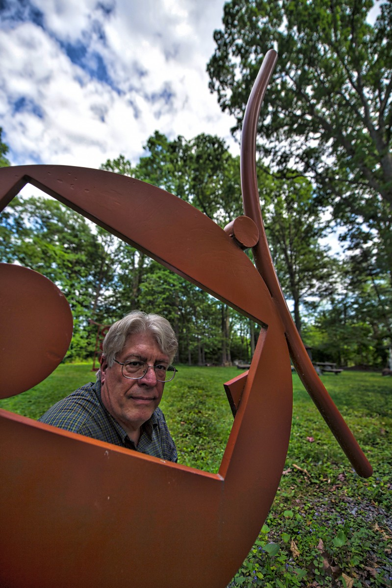 Sculptor Brian Kirk at his home near Purcellville. (Douglas Graham/Loudoun Now)