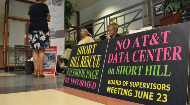 Residents gathered before the Board of Supervisors meeting Tuesday, June 7 to ask supervisors to stop the project. (Renss Greene/Loudoun Now)