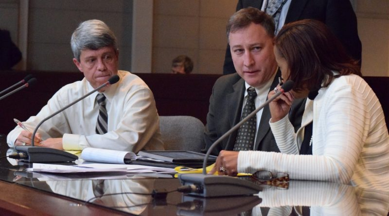 From left, Supervisor Ralph M. Buona (R-Ashburn), County Attorney Leo Rogers, and Chairwoman Phyllis J. Randall (D-At Large) confer during a break in a finance committee meeting. (Renss Greene/Loudoun Now)