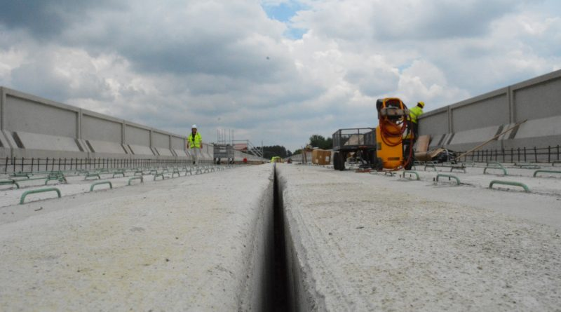The view along an elevated guideway under construction near Dulles Airport.  [Renss Greene/Loudoun Now]