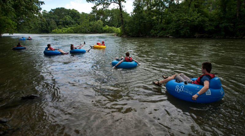 Weekends find the Shenandoah and Potomac rivers near Harpers Ferry filled with people riding the currents. The establishment of a new state park in Loudoun is expected to build the area's ecotourism attractions.  [Douglas Graham/Loudoun Now]
