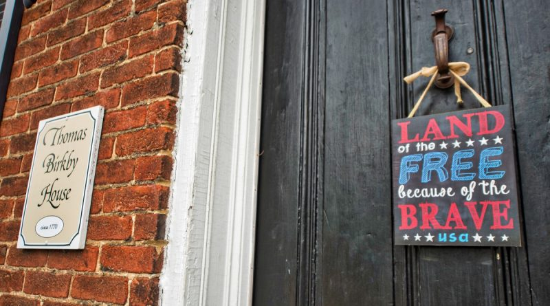 A door in downtown Leesburg shows off a bit of patriotism on the 4th of July. (Douglas Graham/Loudoun Now)