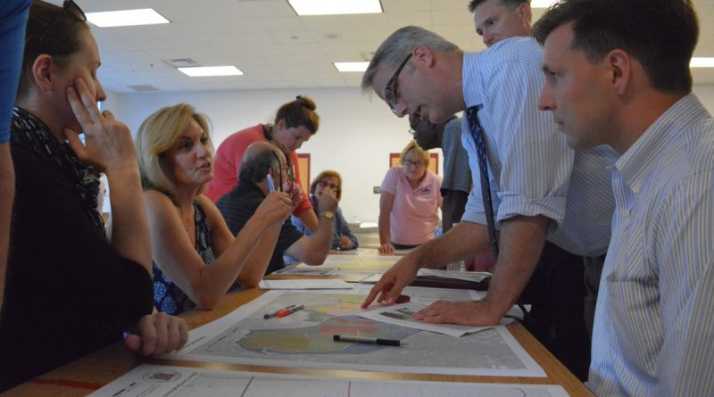 County staff and residents meet and hash out ideas about the Silver Line comprehensive plan amendment at Moorefield Station Elementary School Wednesday, June 29. (Renss Greene/Loudoun Now)