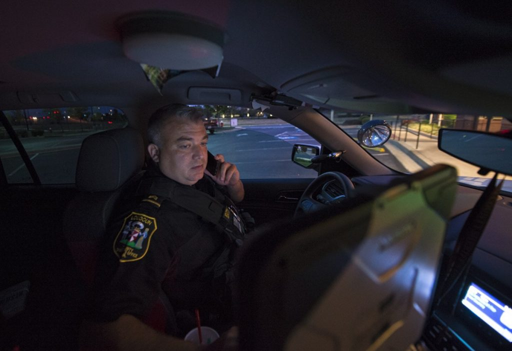 Loudoun County Deputy Sheriff Cumberludge makes a routine traffic stop in Ashburn. [Douglas Graham/Loudoun Now]
