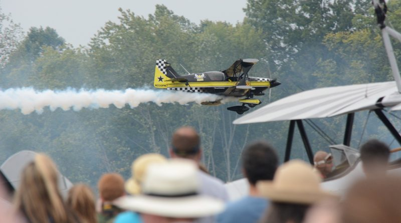 Dan Marcotte makes a low pass in his Ultimate Biplane. (Renss Greene/Loudoun Now)