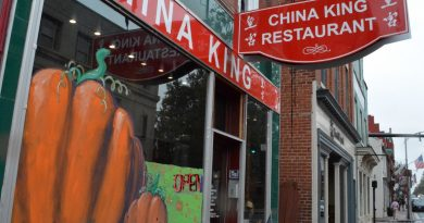 China King is one of several downtown businesses decked out in Halloween scenes. [Danielle Nadler/Loudoun Now]
