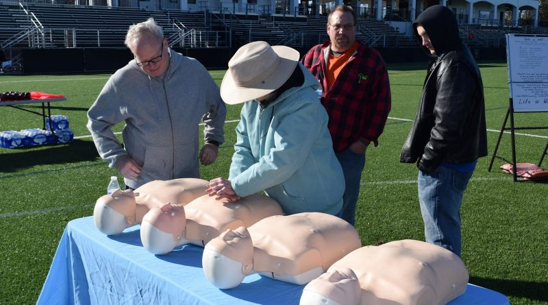A health fair at the Evergreen Sportsplex included the opportunity to brush up on CPR skills.