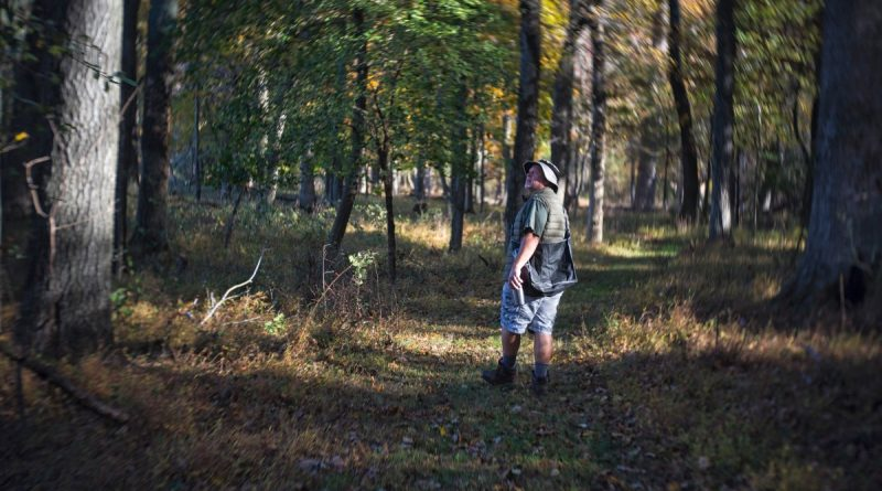 Dave Carmichael, founder of Foraging in the 20180, worked 30-plus years in the high-stress job as an air-traffic controller, but now spends his days in retirement finding natural food close to home, even in his backyard. [Douglas Graham/Loudoun Now]