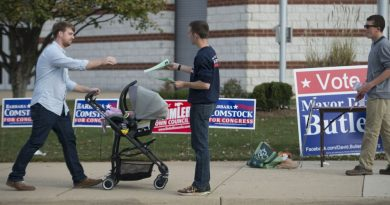 Voters in Leesburg make their way to the polls on Election Day. [Douglas Graham/Loudoun Now]