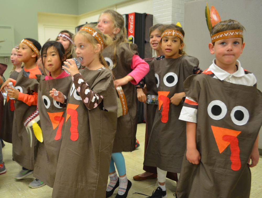 Providence Academy students dress up for the Thanksgiving Feast. [Danielle Nadler/Loudoun Now]