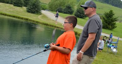Photo Gallery: Celebrating Fathers at Fish-a-Rama