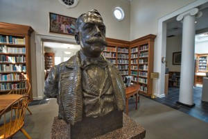 The Thomas Balch Library in Leesburg(Photo by Douglas Graham/Loudoun Now)