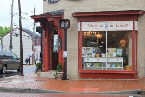 Crème de la Crème, at 101 South King St. in downtown Leesburg. (Shawn Ouellette/Loudoun Now)