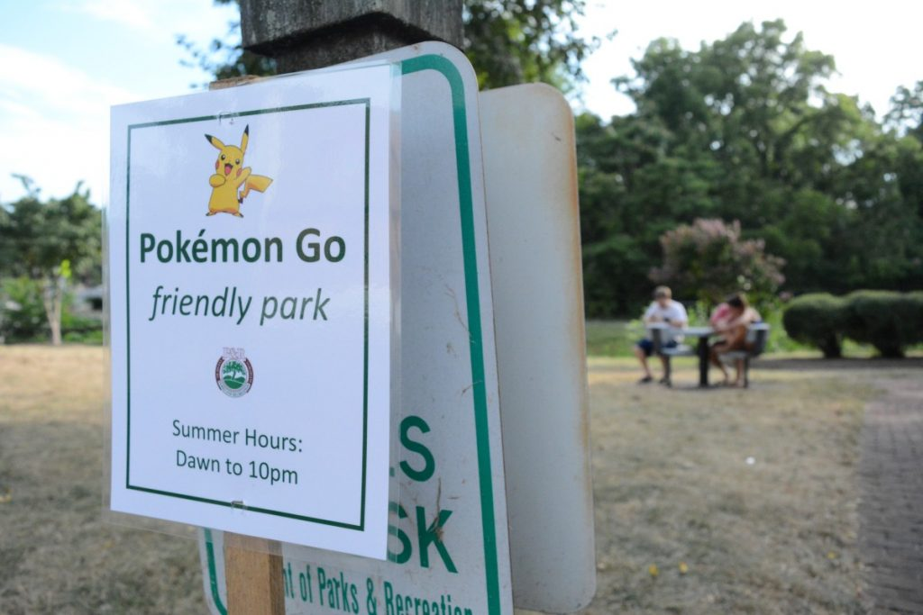 """A sign from the Leesburg Department of Parks and Recreation declares Georgetown Park a """"Pokémon Go friendly park."""" (Renss Greene/Loudoun Now)"""