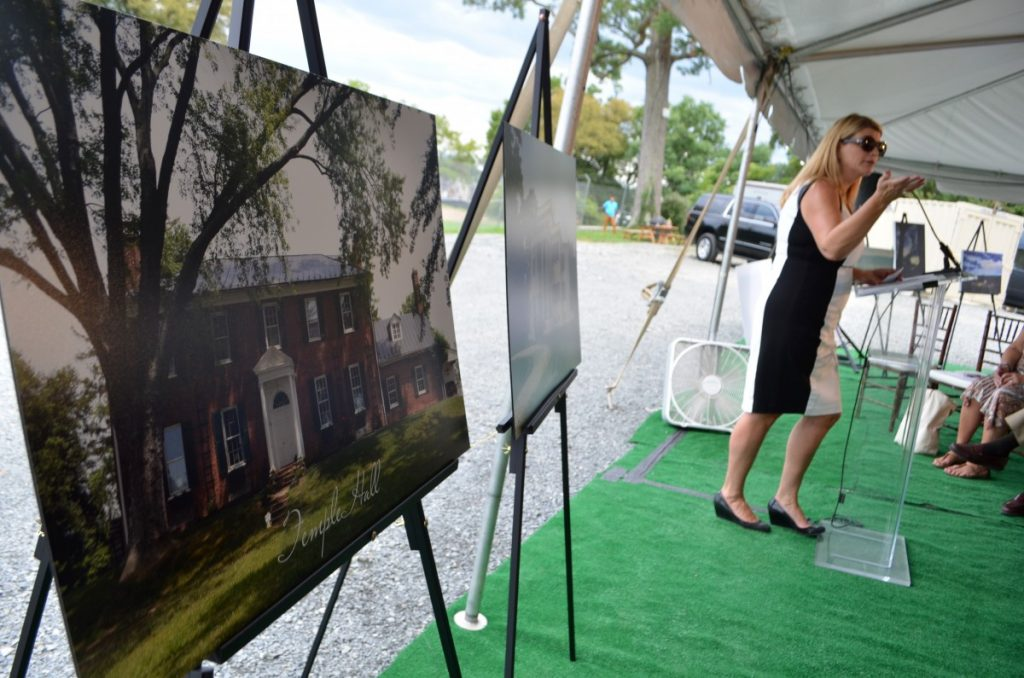 Sharon D. Virts talks about her passion to revive a piece of Loudoun history in the Selma Mansion. (Danielle Nadler/Loudoun Now)