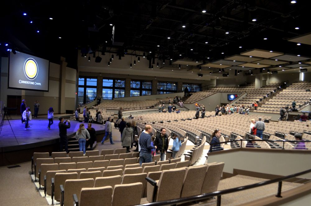 Visitors tour Cornerstone Chapel's new sanctuary. [Danielle Nadler/Loudoun Now]