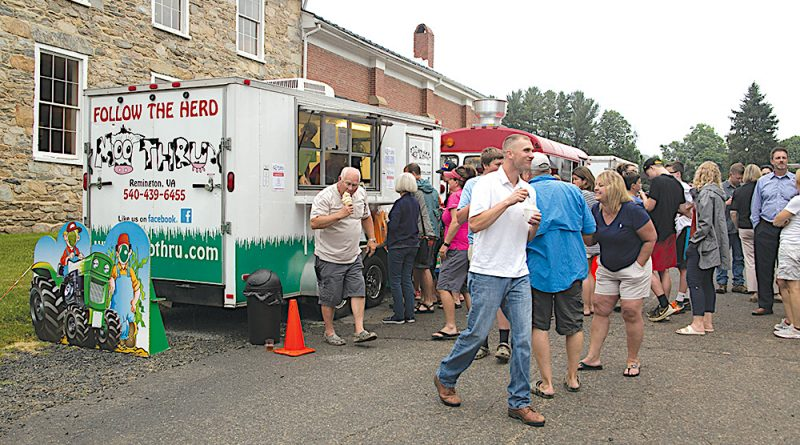 Moo-Thru Debuts at Old Stone School – Loudoun Now