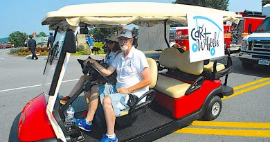 Golf Carts A Go in Downtown Leesburg