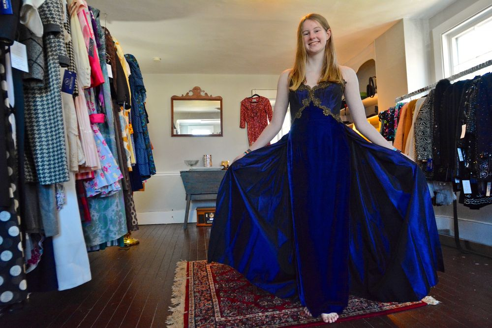c1c96888a8f Worn Again  Getting Creative for the Perfect Prom Dress – Loudoun Now